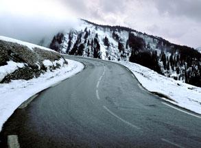 Οκτώ μικρά μυστικά για ασφαλή οδήγηση κάτω από δύσκολες συνθήκες
