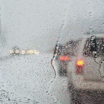 Η οδήγηση σε περίοδο βροχής